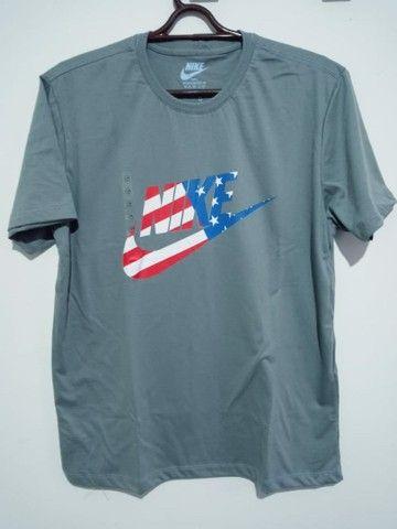 Camiseta masculina - Foto 6