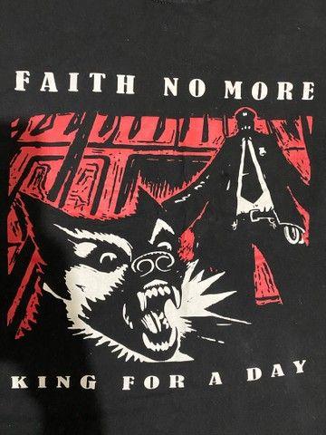Camiseta feminina Faith no More PP/P - Foto 2