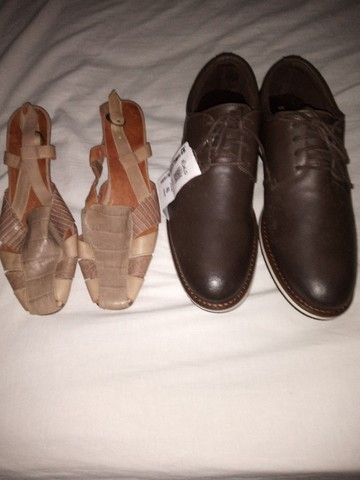 Sapato masculino e um feminino - Foto 2