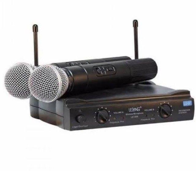 Microfone profissional SEM FIO 2 bastoes completo UHF - Foto 2