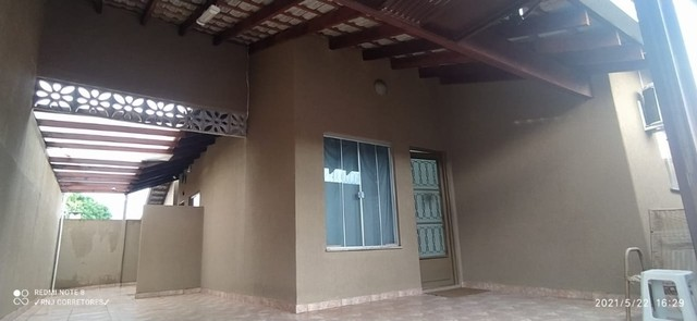 Casa com 3 quartos, sendo 01 suíte, bairro Mata do Segredo