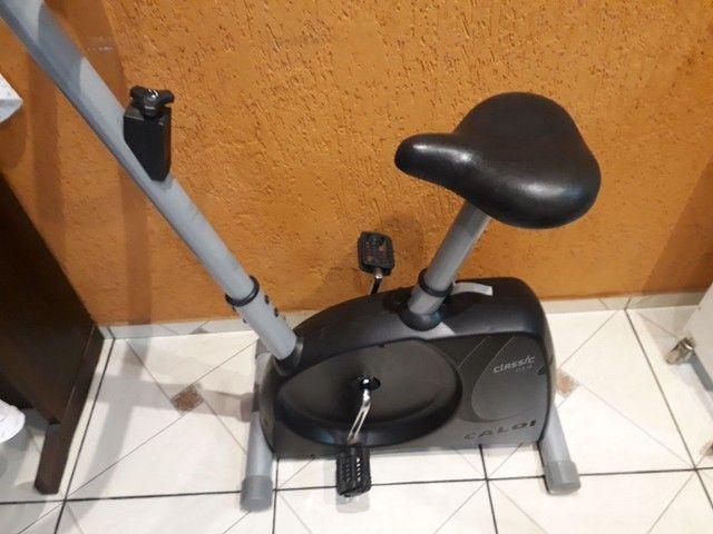Bicicleta ergométrica  Caloi usada - Foto 2
