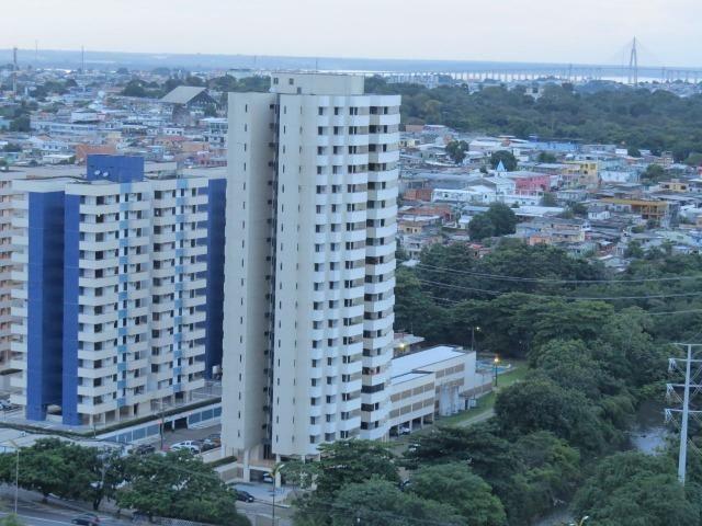 Cond. Res. Maria da Fé, 3 quartos com varandas, 4 banheiros, excelente localização!