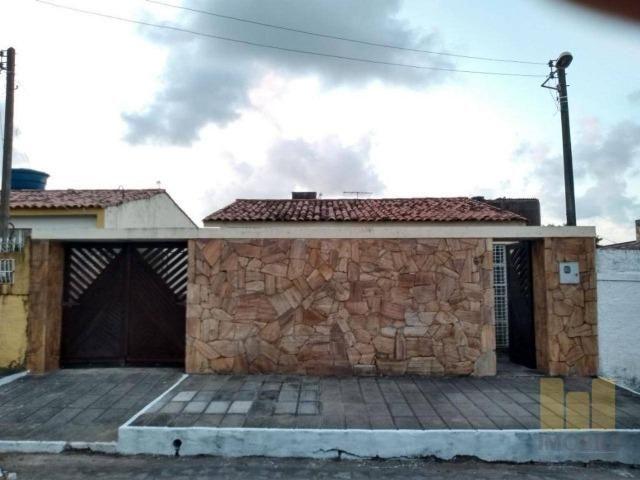Casa no conjunto Samambaia, no bairro da Serraria