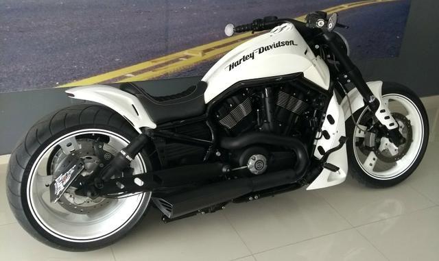 harley davidson v rod muscle customizada 2013 motos. Black Bedroom Furniture Sets. Home Design Ideas