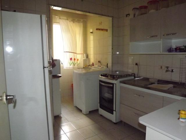 Apto 03 dormitórios sendo 01 suíte no Bairro Alto - Foto 4