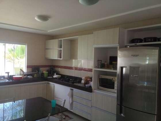 Excelente casa com ótimo acabamento em condomínio fechado com excelente área de lazer - Foto 15