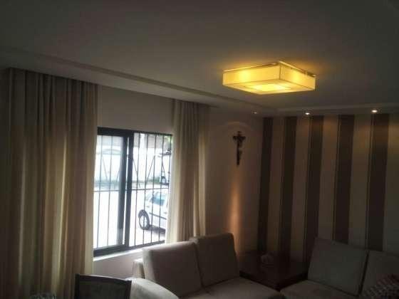 Vendo excelente apartamento todo reformado e mobiliado com garagem coberta 2/4 no planalto - Foto 4