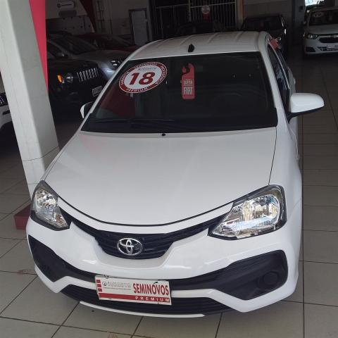 TOYOTA ETIOS 2017/2018 1.5 X SEDAN 16V FLEX 4P MANUAL - Foto 2