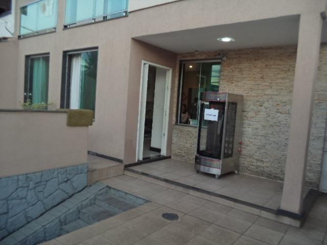 Casa de 3 dormitórios, 2 suítes, alto padrão,no Conforto ! - Foto 4