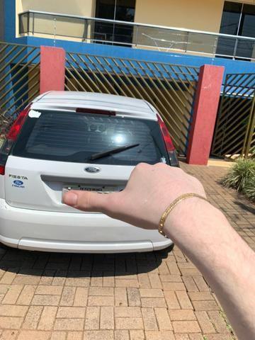 Vendo Ford fiesta 1.0 flex - Foto 3