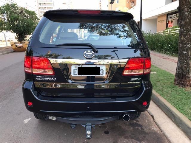 Toyota Hilux Sw4 srv 3.0 4x4 automatica - Foto 7