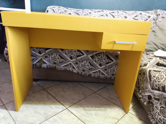 Mesa para computador. - Foto 2