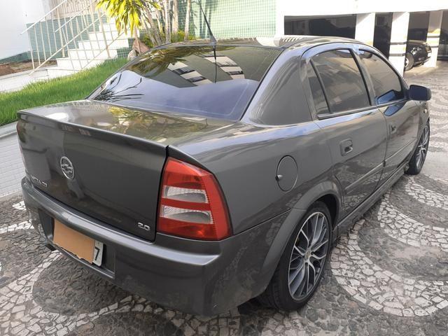 Chevrolet Astra CD 2.0 Sedan 2004 - Foto 6