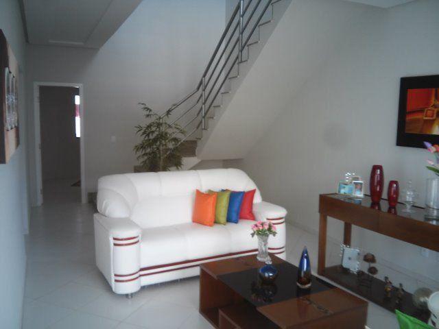 Linda Casa Duplex 4 quartos, construção recente, próx. à Av Getúlio Vargas e à Delegacia - Foto 8