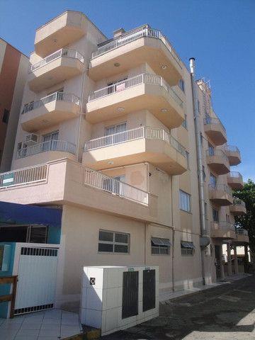 Apartamento a 30 metros do mar para locação de temporada no Perequê - Cód. 14AT