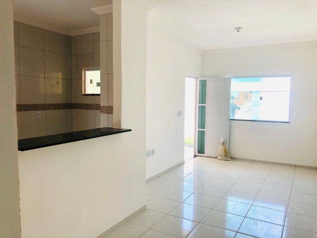 WS casa nova com 3 quartos,2 banheiros,coz.americana,quintal com otima localização - Foto 6