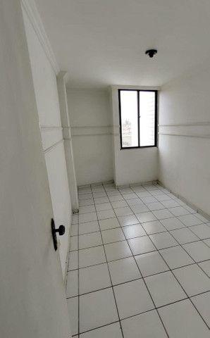 Aluga-se Maravilhoso apartamento no Edf. Caroline de Sá - Foto 3