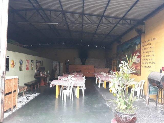 Casas + Galpão + salão comercial - Foto 5