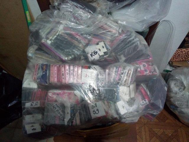 1500 Capinhas de celular + 200 películas - Foto 2