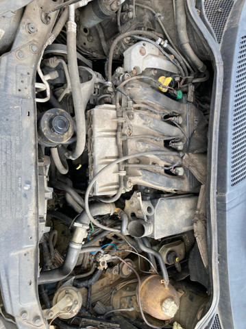 Sucata Renault Senic 2.0 (para retirada de peças). - Foto 13