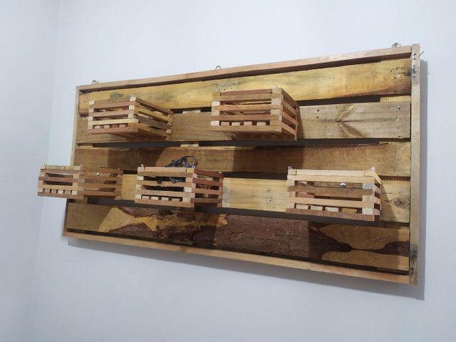 Cachepot de madeira - casinhas - vasos - Foto 3