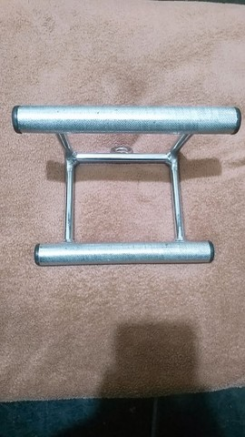 Puxador Triângulo para musculação - Remada Alta e Baixa  - Foto 2