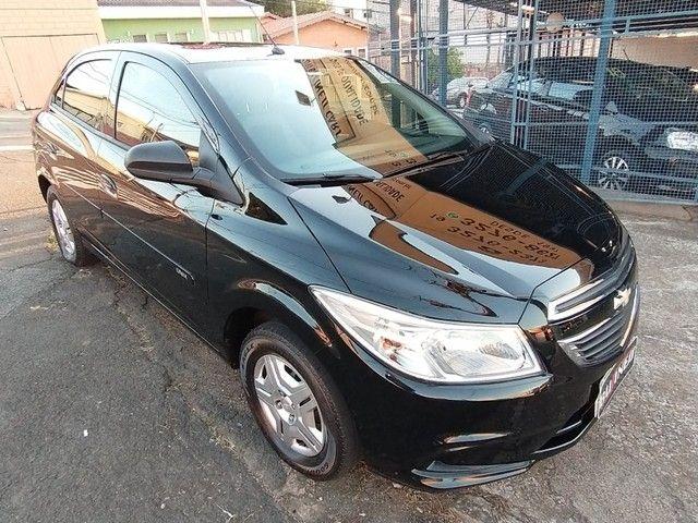 Chevrolet Onix 1.0 LT 8V FLEX 4P MANUAL - Foto 9