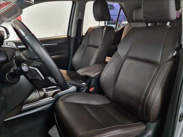 Toyota Hilux Sw4 2.7 Srv 7 Lugares 4x2 16v - Foto 8