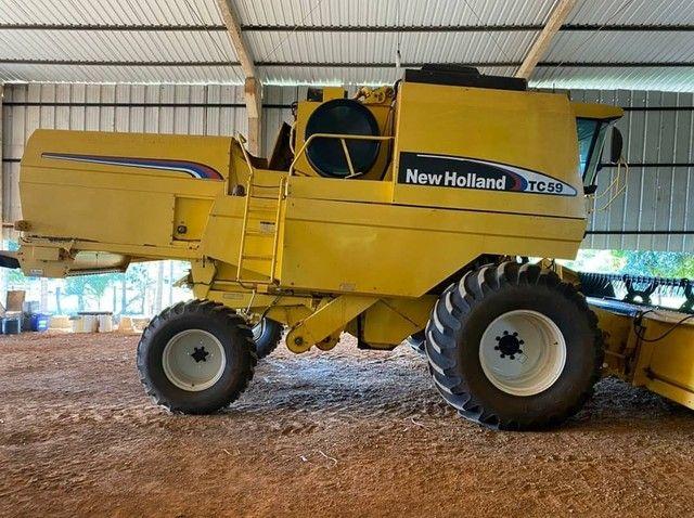 Colheitadeira New Holland TC 59 Ano 2007 - Foto 4