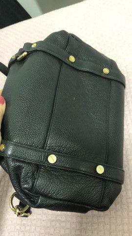 Bolsa preta MK  Original em couro e semi nova  - Foto 4