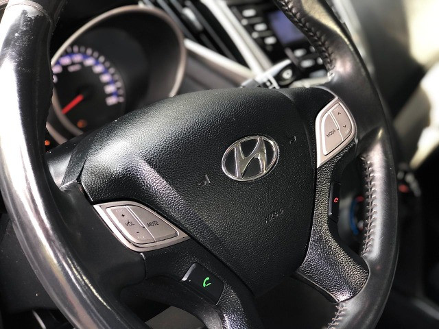Hyundai / HB20s Confort Plus 1.6 Automático 2013/2014 - Foto 7