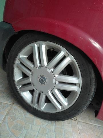 Rodas Astra cd pneus novos