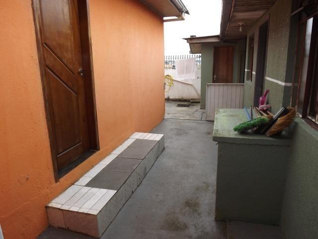 2 residências em excelente localização - Casa principal com 140m2 - Casa 02 com 60m2 - Foto 5