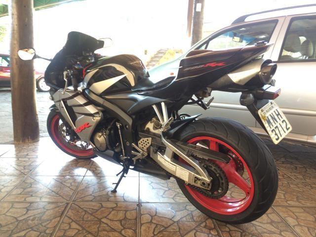 CBR600RR 2006 37099km originais, moto super nova é toda revisada