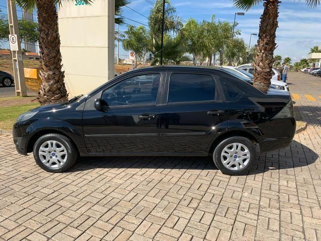 Fiesta 1.6 Sedan - Foto 7
