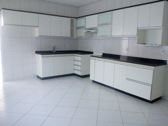 Linda Casa Duplex 4 quartos, construção recente, próx. à Av Getúlio Vargas e à Delegacia - Foto 10