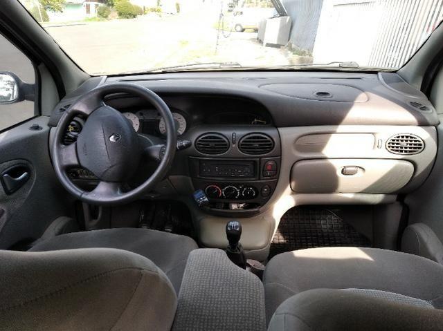 Renault Scenic 2.0 5P Mec. Ar Direção Trava Alarme Gnv G5 Man. Chave Reserva Seg. Dono