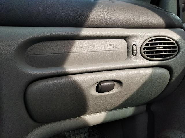 Renault Scenic 2.0 5P Mec. Ar Direção Trava Alarme Gnv G5 Man. Chave Reserva Seg. Dono - Foto 12