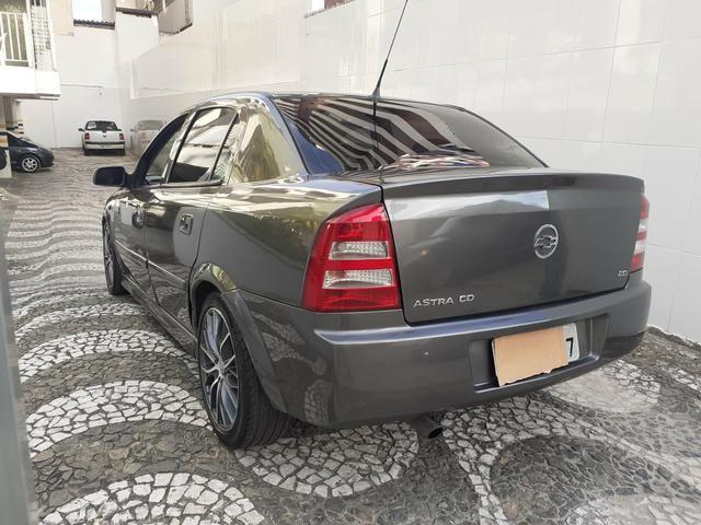 Chevrolet Astra CD 2.0 Sedan 2004 - Foto 14