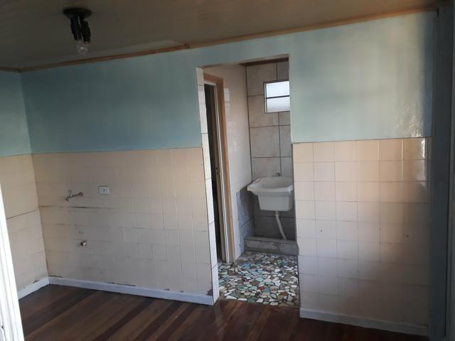 Aluga-se casa pinheirinho (casal sem filhos ou mulher solteira) - Foto 7