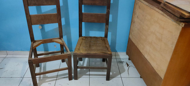 Cadeira para customizar antiga  - Foto 4