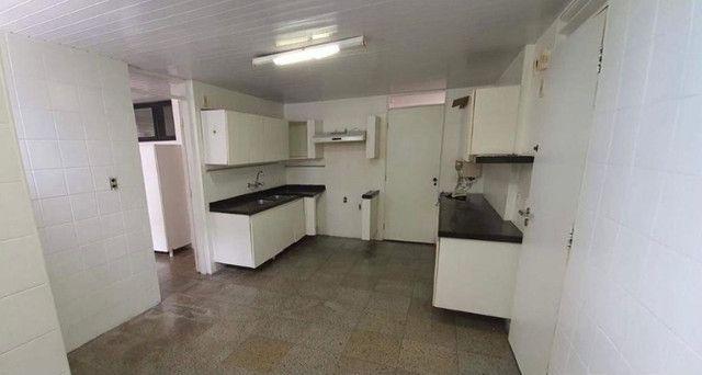 Ed. Alto da Volta, Excelente Apartamento, 270m2, 3 Suítes Amplas, Área de lazer - Foto 16