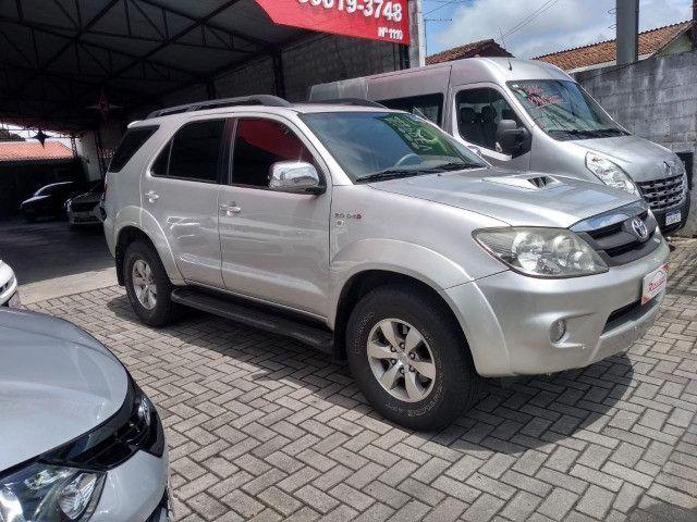 Toyota Hilux SW4 SRV 4X4 3.0 Aut 2007 - Foto 2