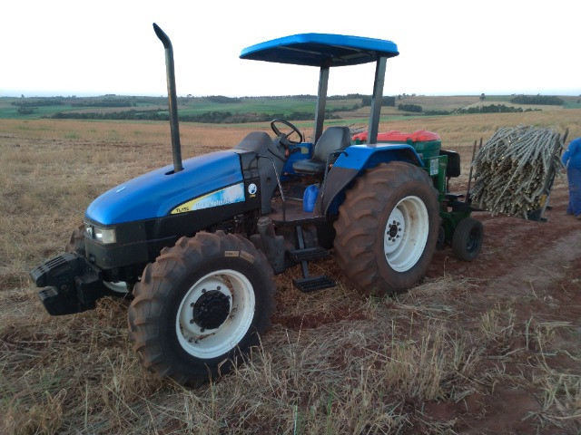 New Holland TL75e - Foto 2