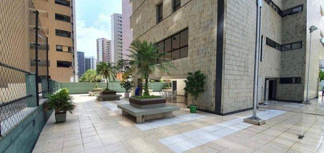 Ed. Alto da Volta, Excelente Apartamento, 270m2, 3 Suítes Amplas, Área de lazer - Foto 9