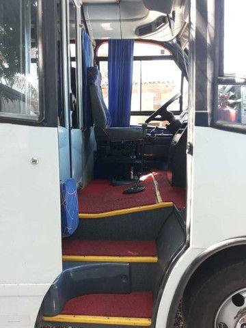 Micro ônibus Mercedes 814 Sênior - Foto 2