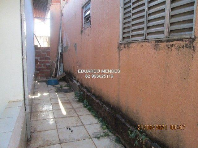 Casa 2/4, mas 2 barracões, lote de esquina 307 m², vila Operaria Anápolis  - Foto 11