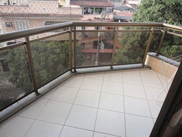 Ótimo apartamento de frente, mobiliado e com vaga de garagem, localizado no bairro de Fáti - Foto 14