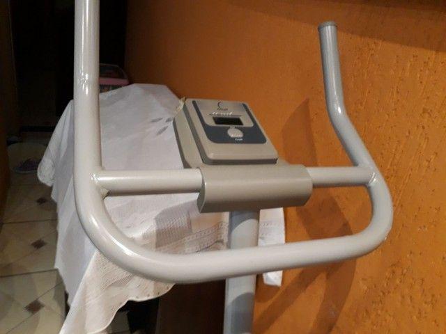 Bicicleta ergométrica  Caloi usada